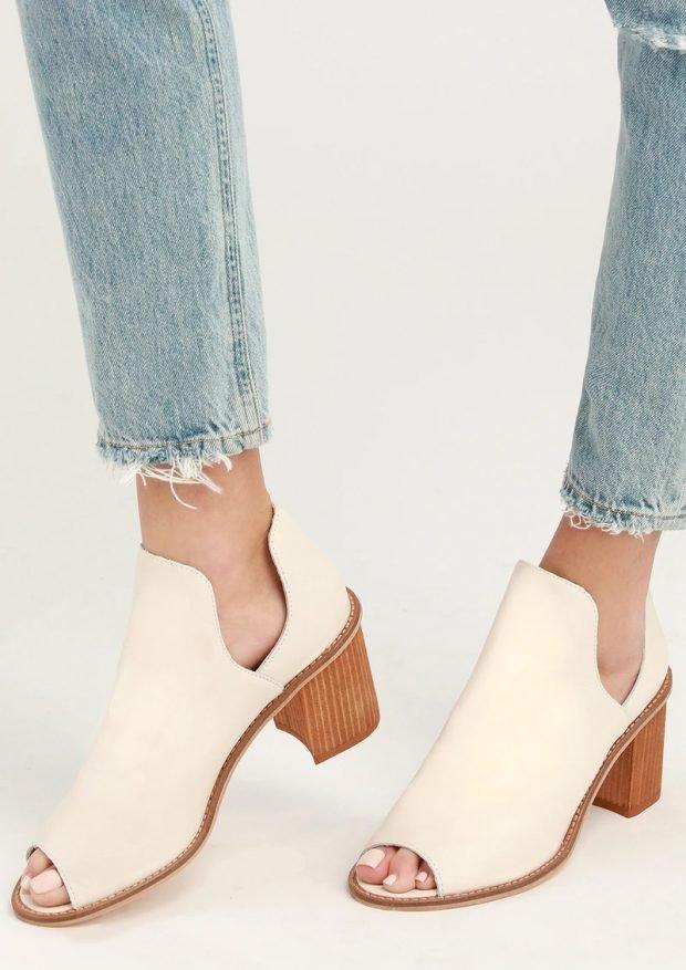 Модные туфли осень-зима 2020: белые открытый нос