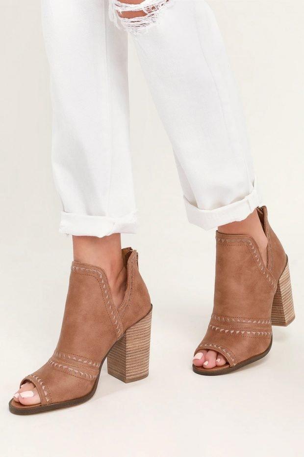 Модные туфли осень-зима 2020: коричневые открытый нос