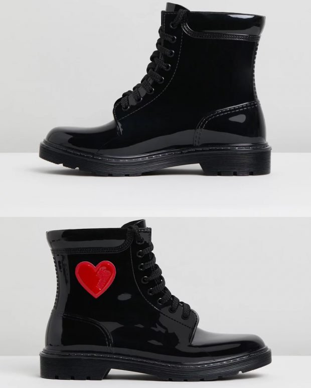 черные лакированные с красным сердцем