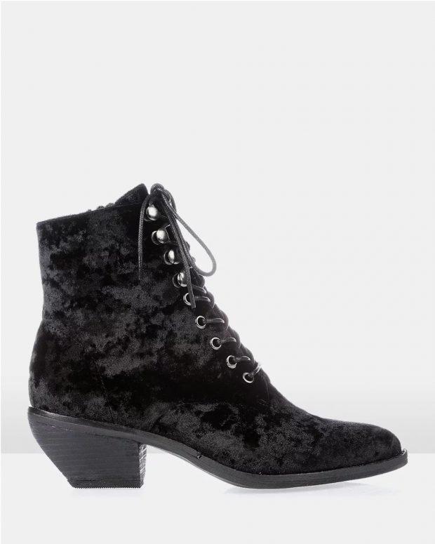 бархатные на шнурках черные