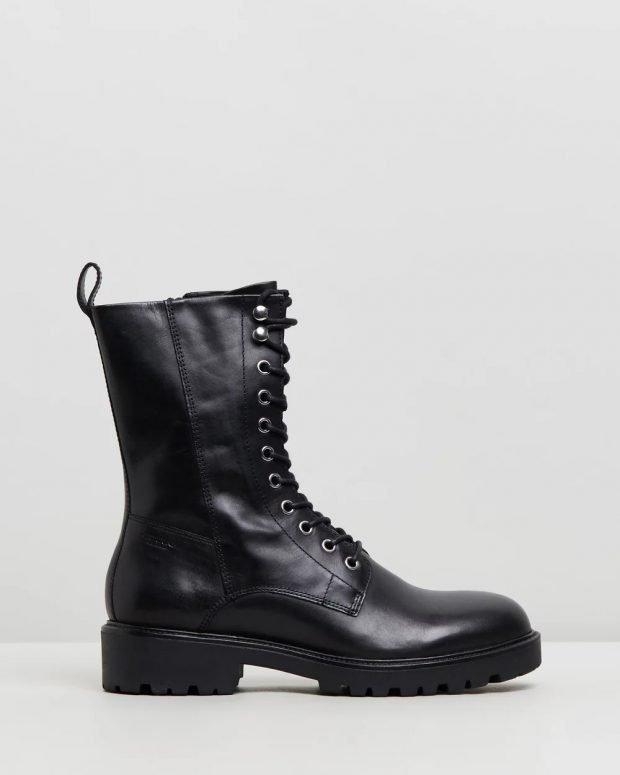 высокие черные на шнурках и тракторной подошве