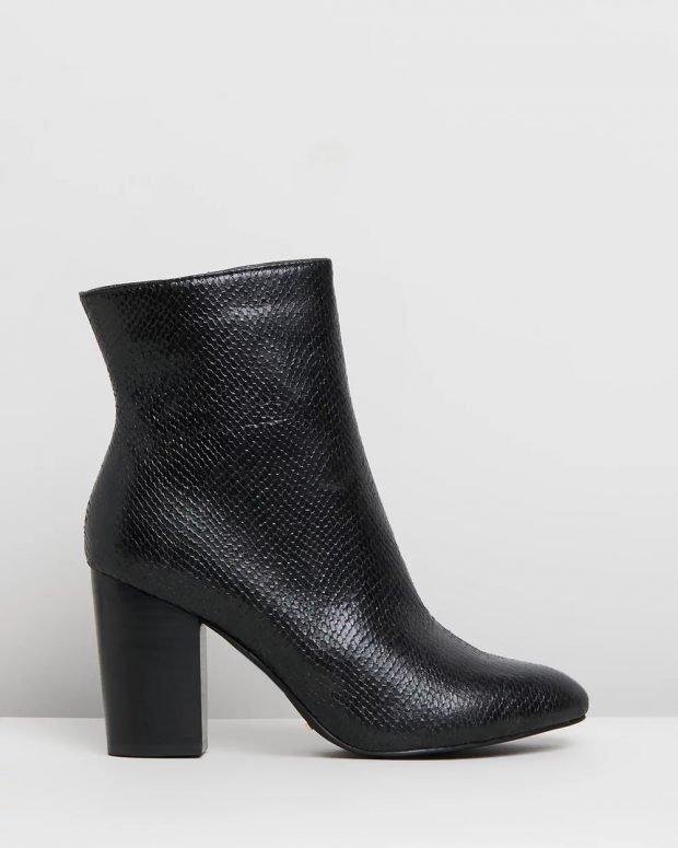 кожаные черные текстурные на каблуке