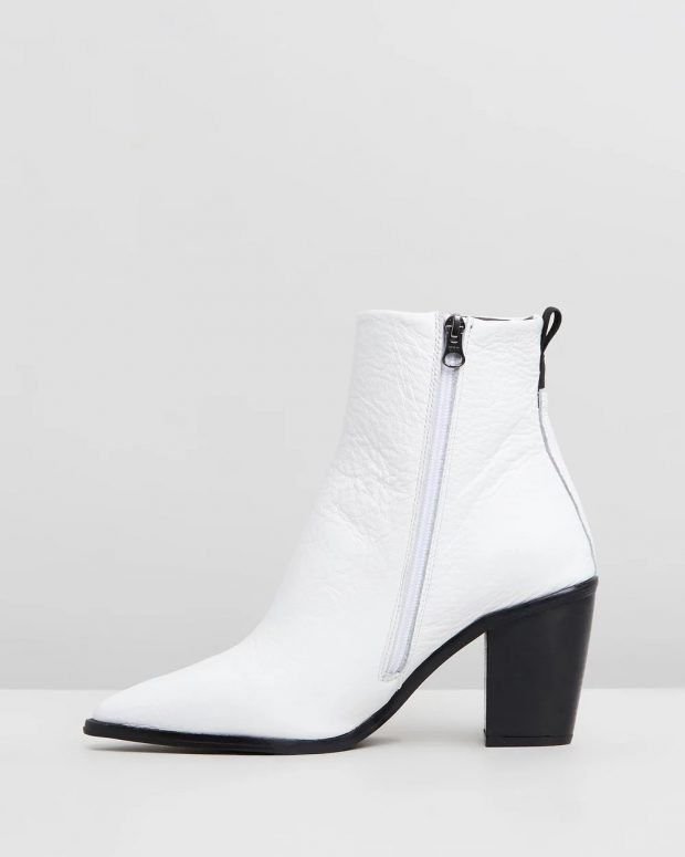 белые на черном каблуке с молнией