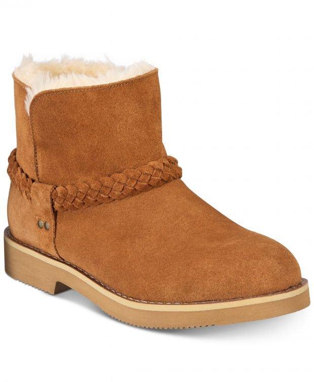 женские ботинки осень-зима 2021 2022: коричневые с поясом