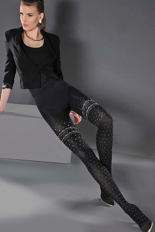 модные черные колготки