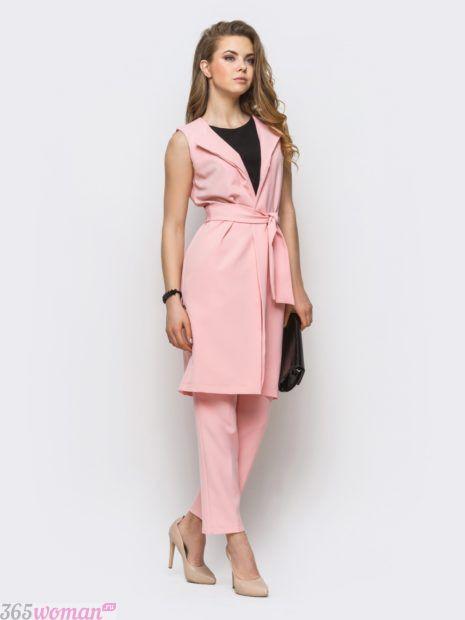 модные костюмы платья без рукавов розовый