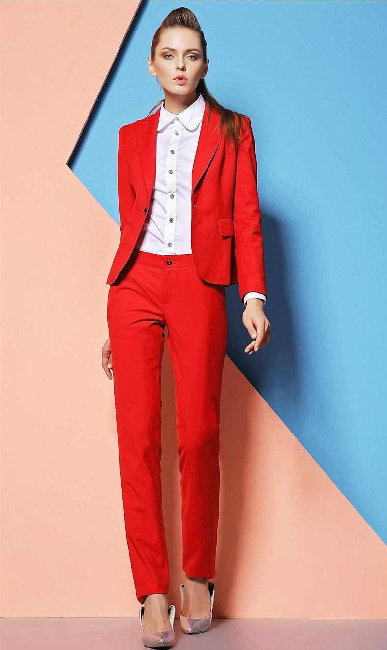модные яркие костюмы красный женский 2018 2019