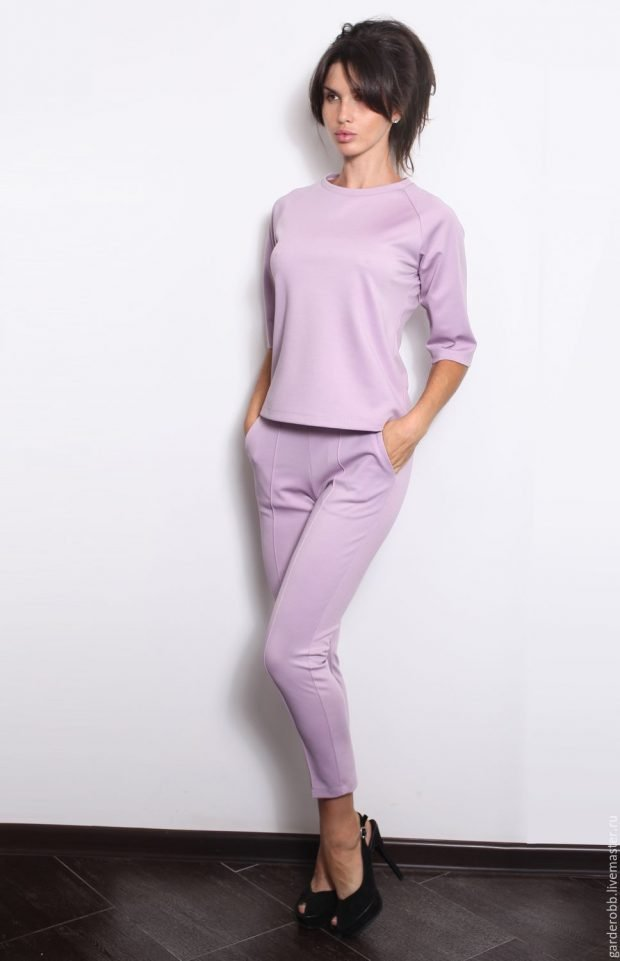 женский костюм: фиолетовый