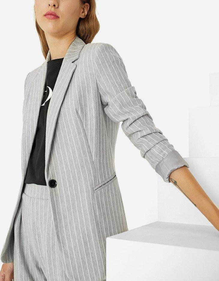 женский пиджак оверсайз в полоску модный в 2018 году
