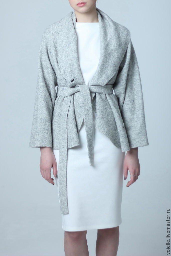 женский серый теплый пиджак под пояс 2018