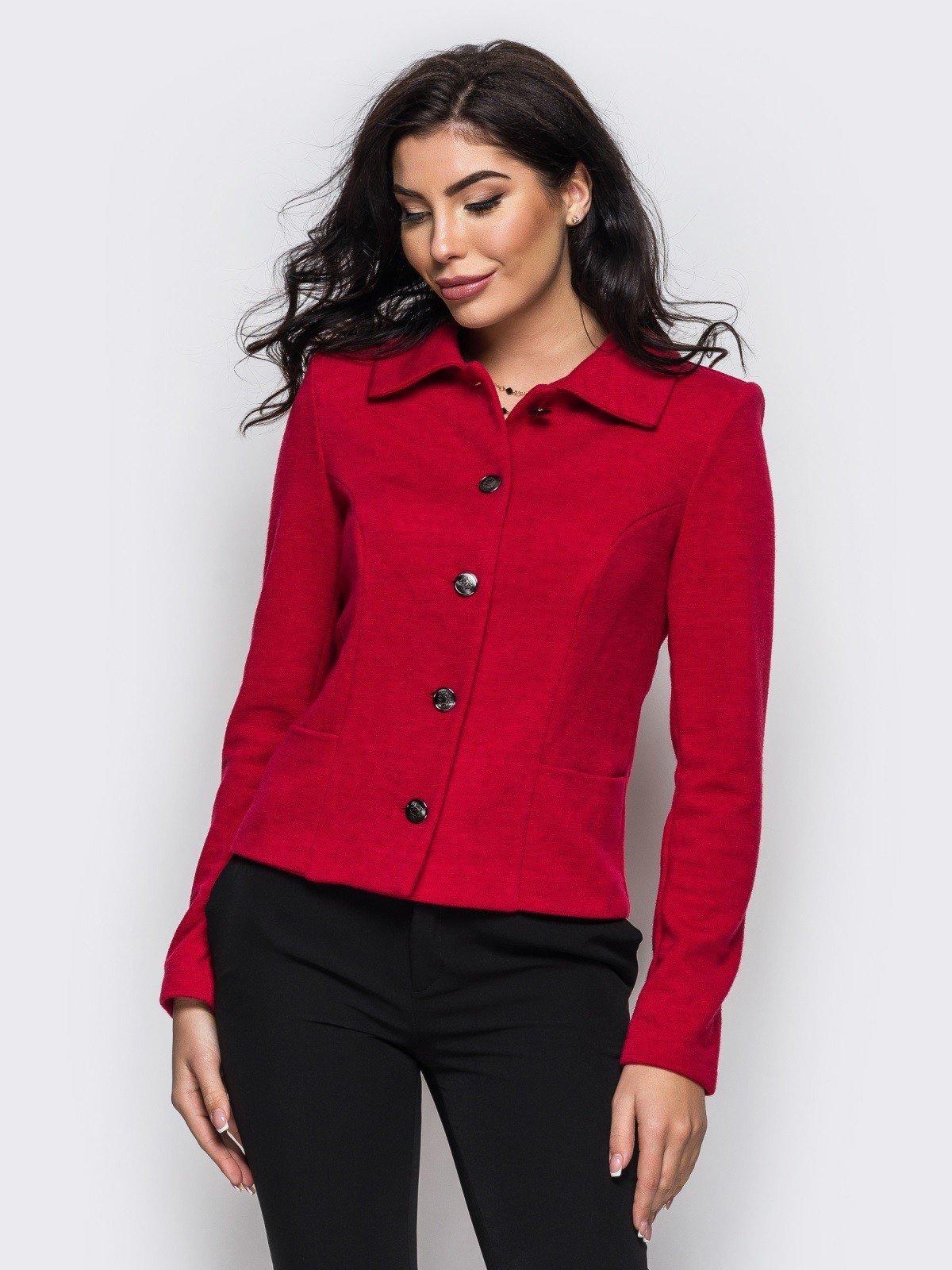 модный красный пиджак женский на пуговицах 2018
