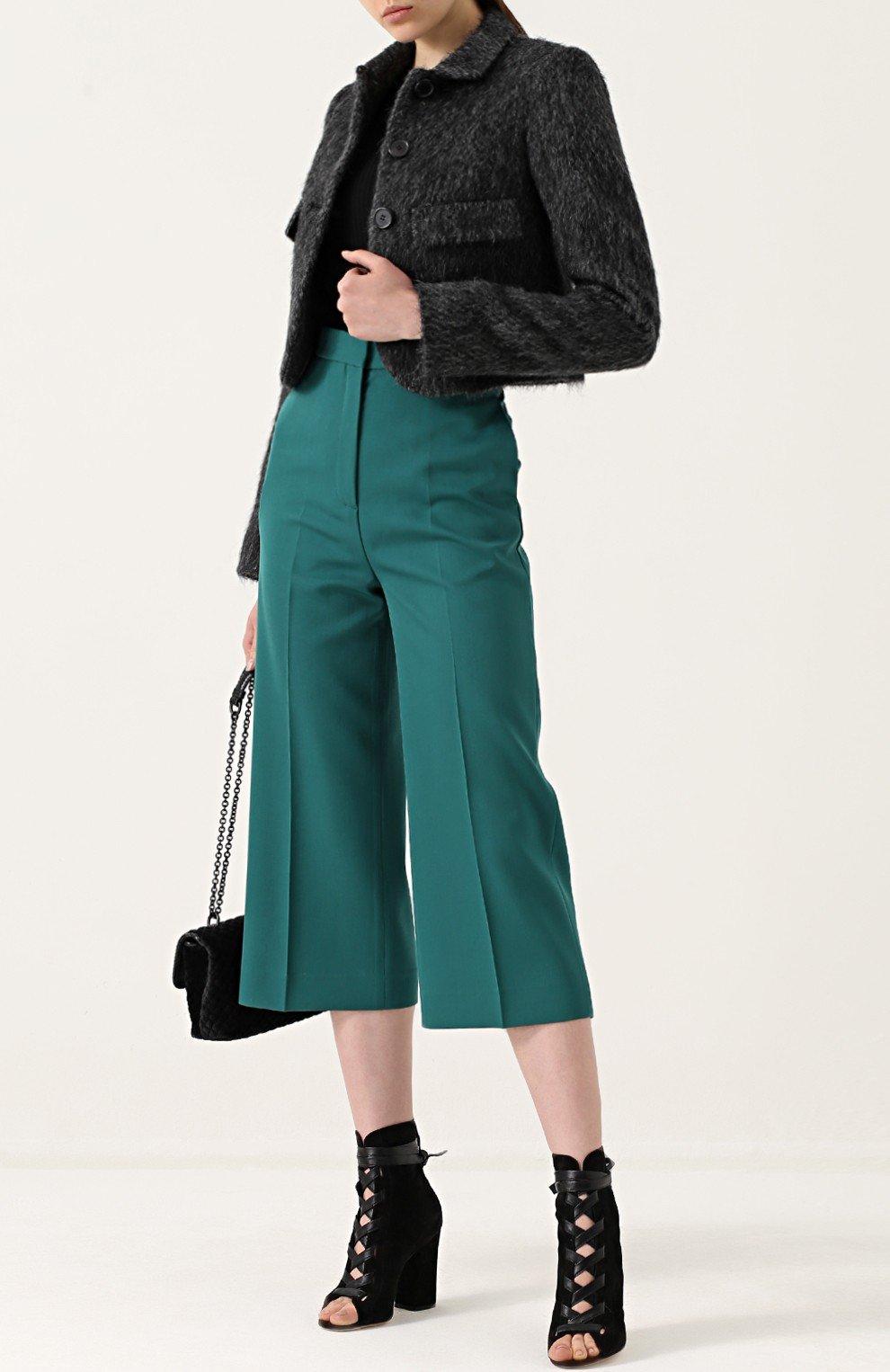 женский теплый короткий пиджак модный в 2018 году