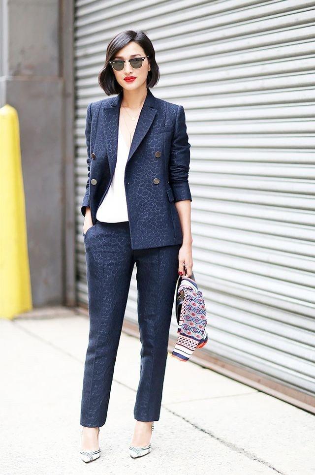 синий двубортный пиджак принт женский модный в 2018 году фото новинки