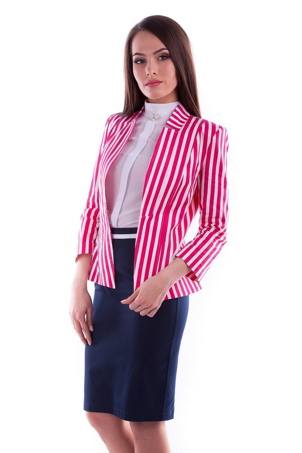 модный пиджак женский в полоску 2018 года фото новинки модные тенденции
