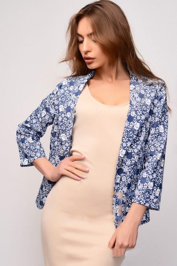 модные женские пиджаки 2020 2021: цветочный принт