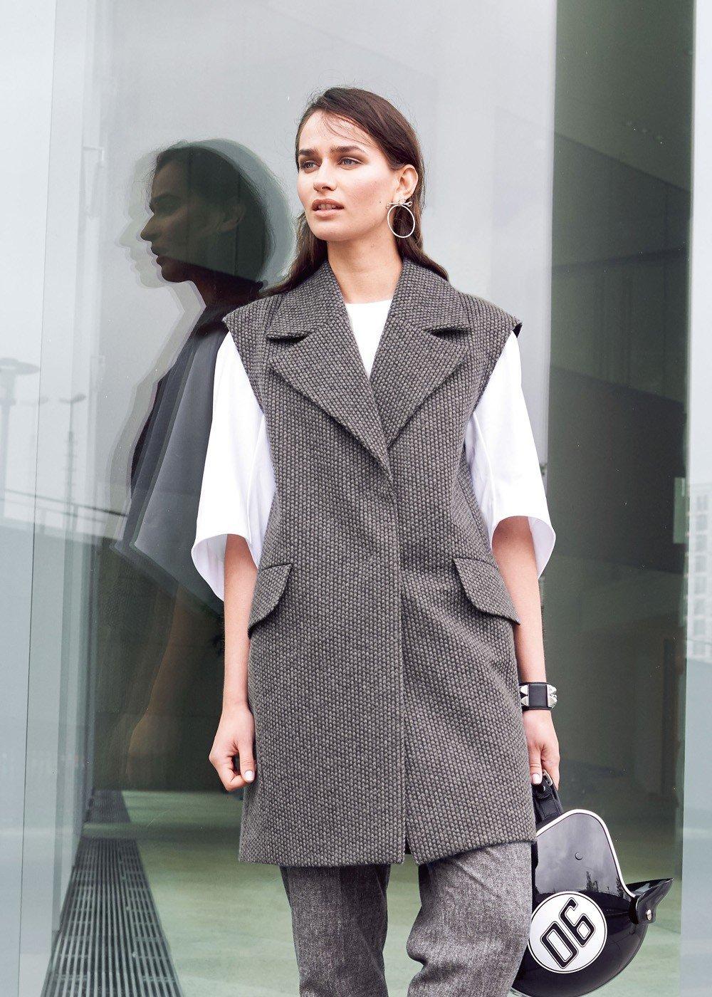 женский теплый пиджак без рукавов 2018