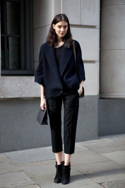 с чем носить женские укороченные брюки: образ