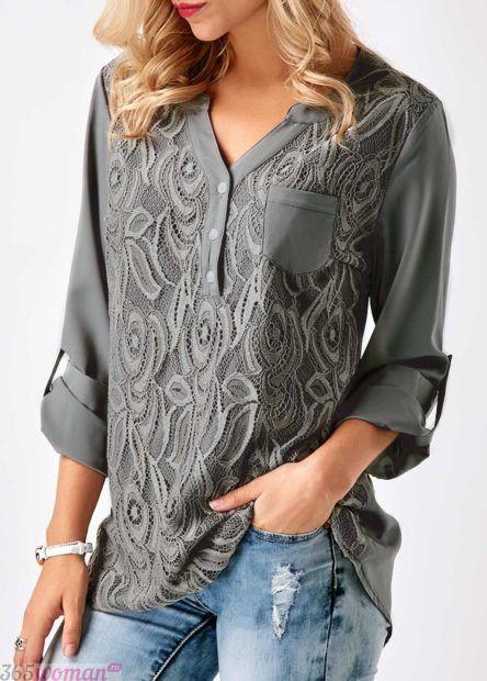серая блуза с кружевом