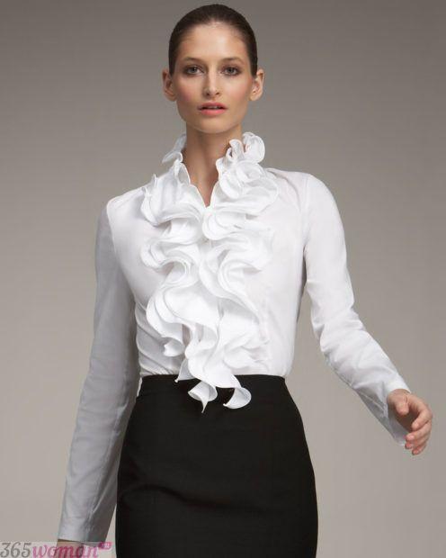 белая нарядная блузка с воланами