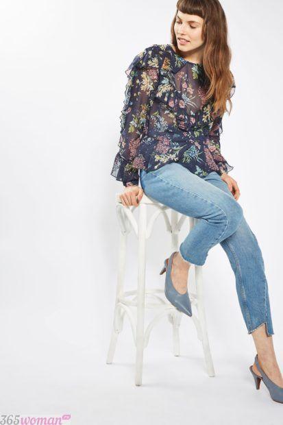 блузка с воланами в цветочный принт