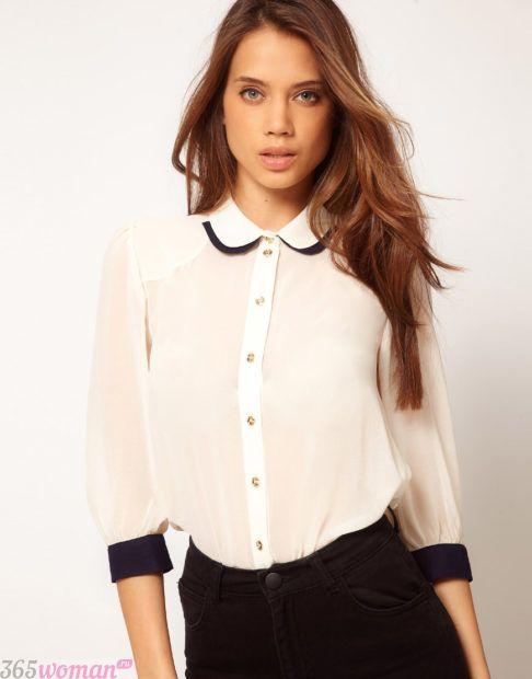 белая блузка с воротником и черными элементами