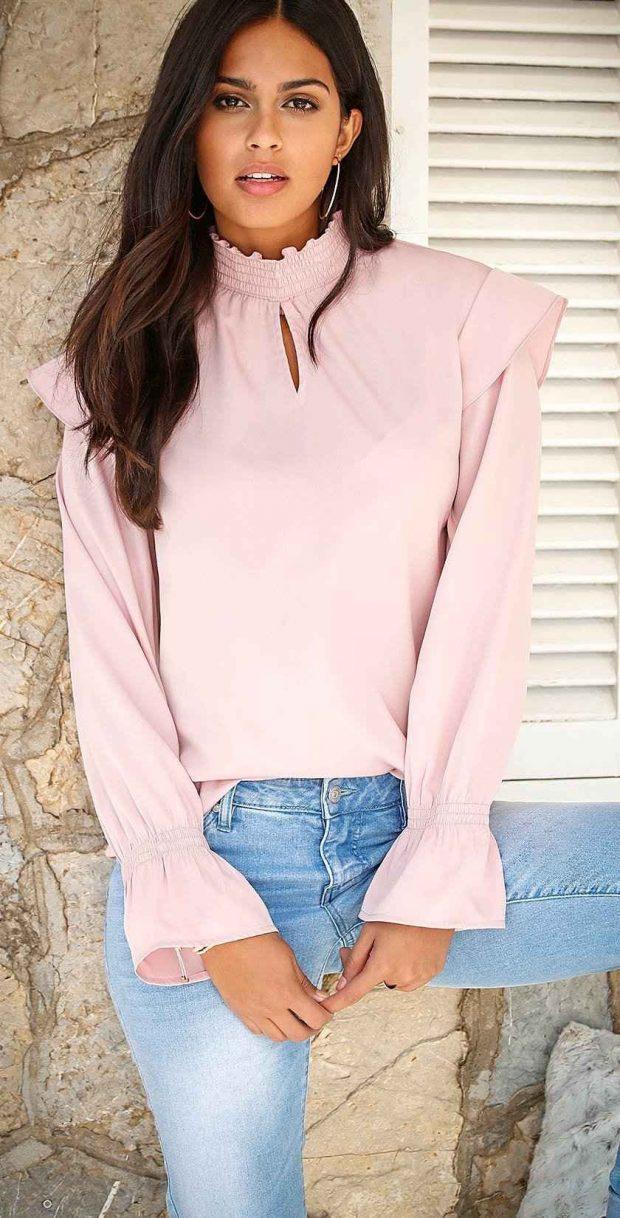 Блузки осень-зима 2019 2020: розовая с длинным рукавом