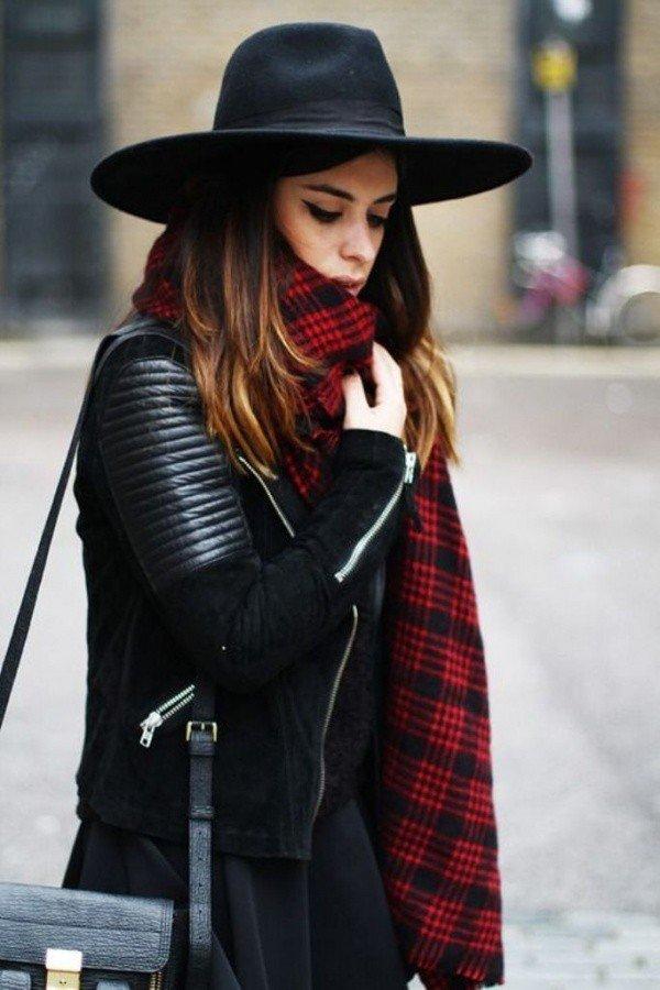 черная шляпка с широкими полями