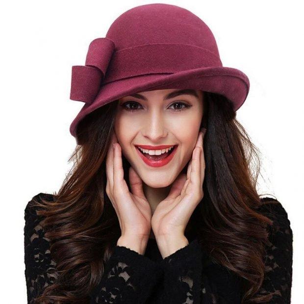 головные уборы осень зима 2020: бордовая шляпка с декором
