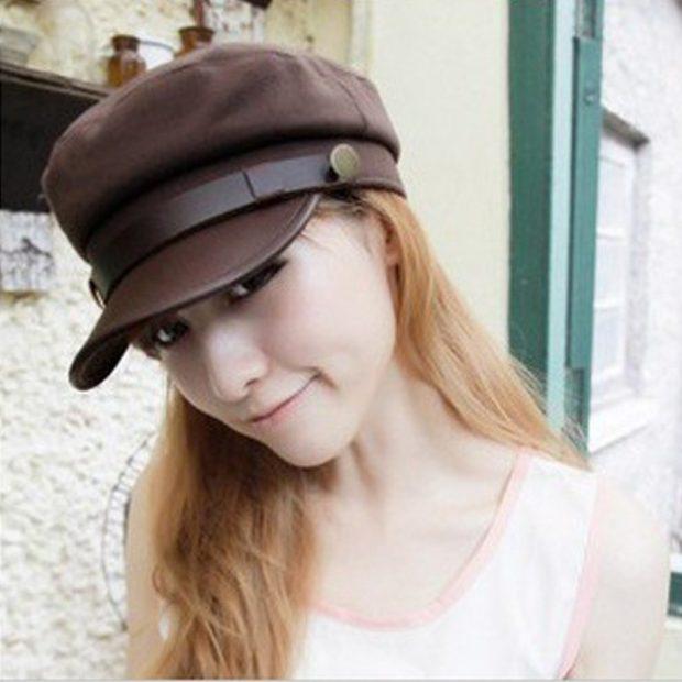 коричневая кепка женская