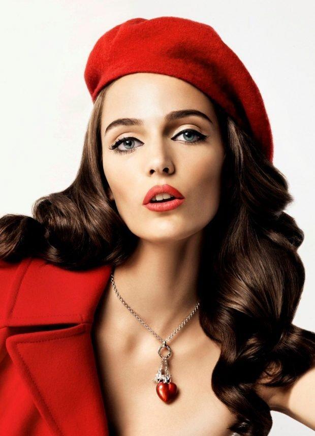 женские головные уборы осень зима 2019 2020: красный берет женский