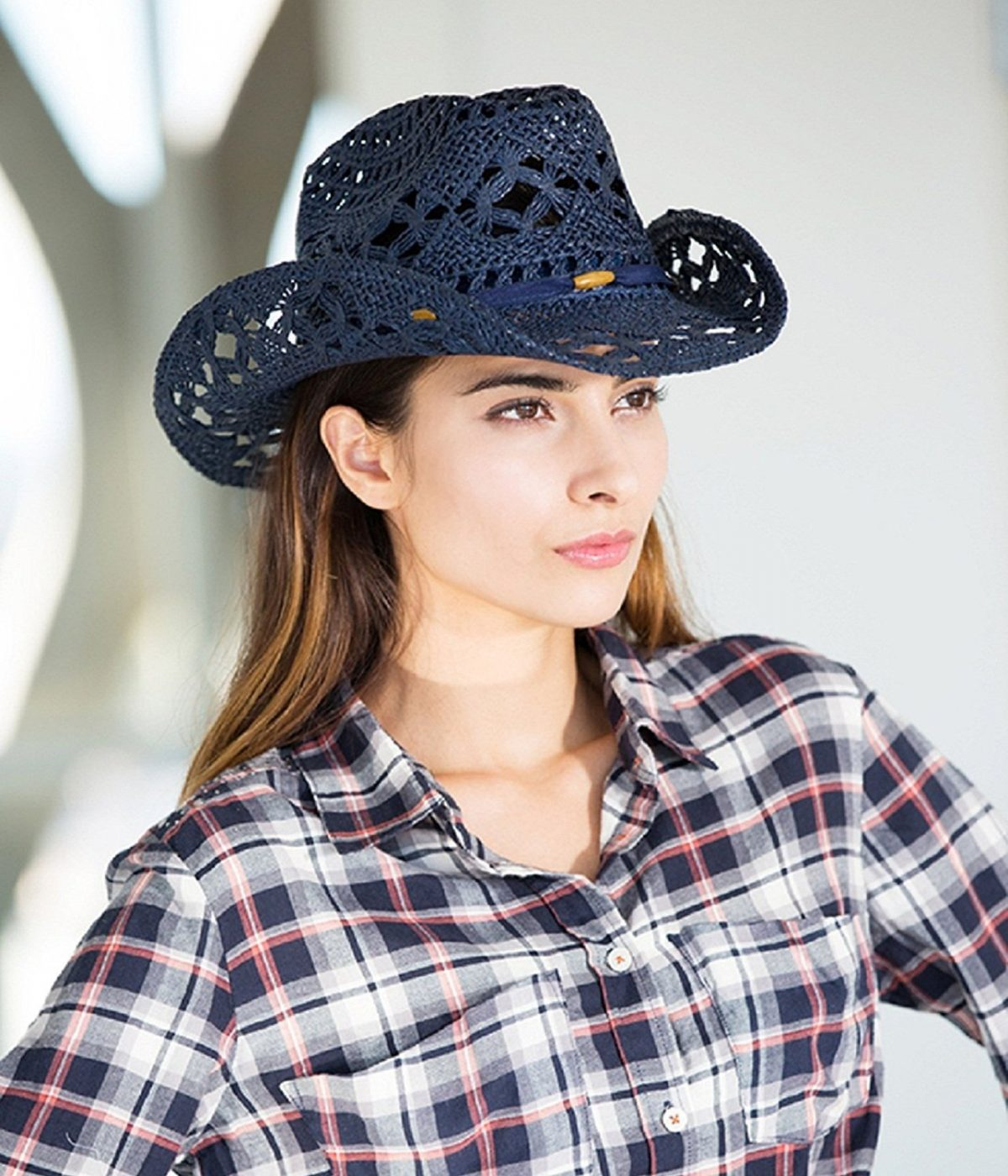 черная ажурная ковбойская шляпа