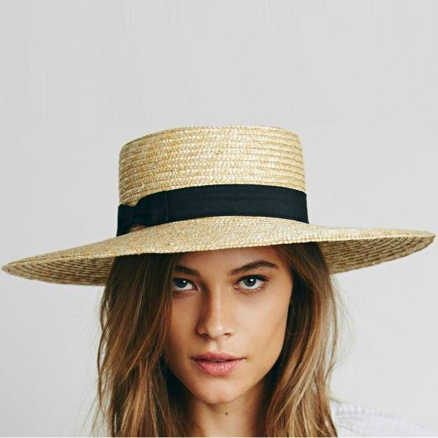 соломенная шляпа с черной лентой