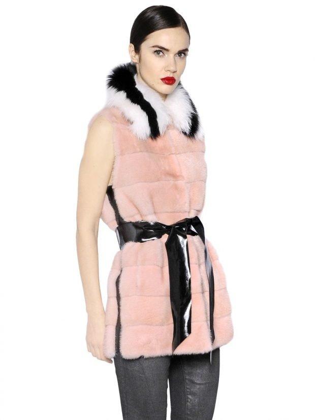 с чем носить розовый жилет из норки с воротником и поясом