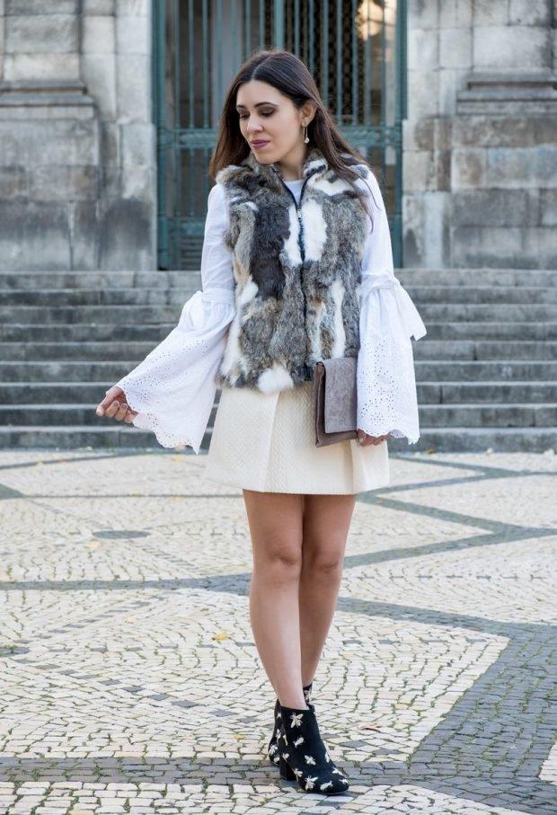 серый мультицветный меховой жилет с чем носить