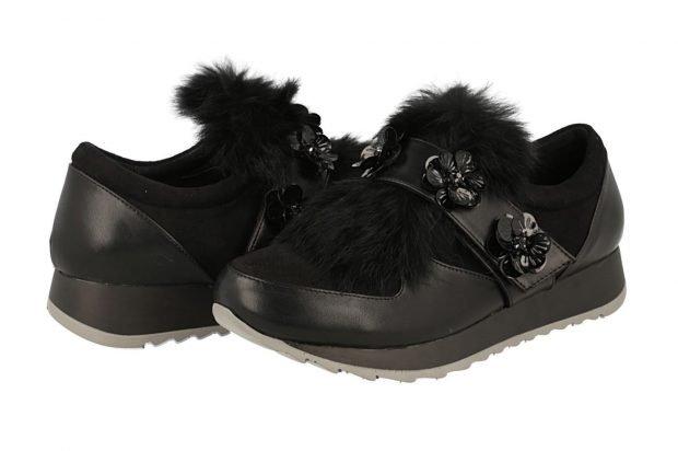 модные женские кроссовки 2019 2020: черные с мехом