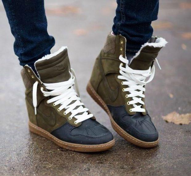 замшевые сникерсы на шнурках
