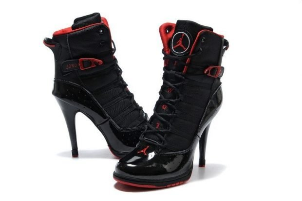 черные кроссовки на каблуке