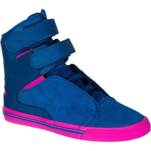 синие с розовым высокие кроссовки
