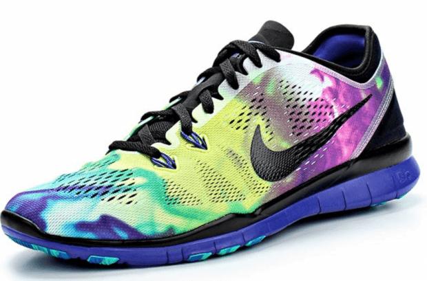 разноцветные кроссовки