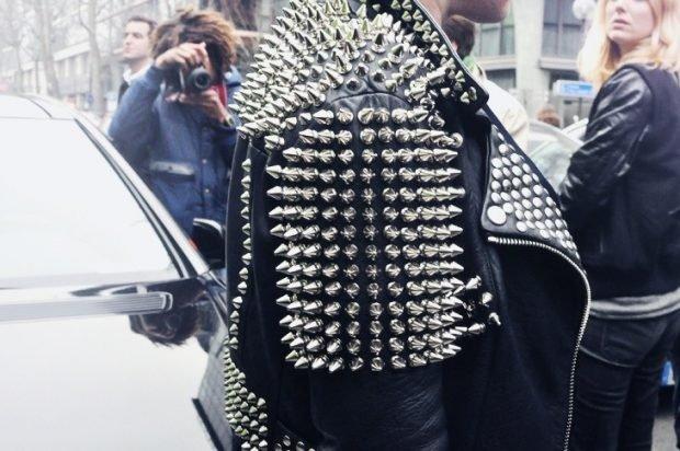куртка косуха с шипами
