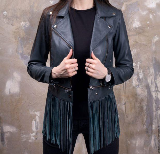 черная куртка косуха с бахромой