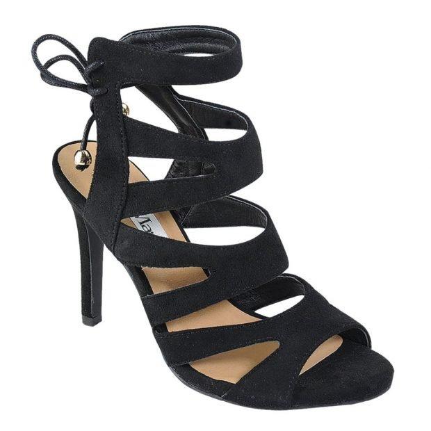 черные гладиаторские сандалии на каблуке
