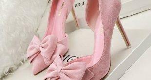 розовые замшевые туфли на шпильке с бантом