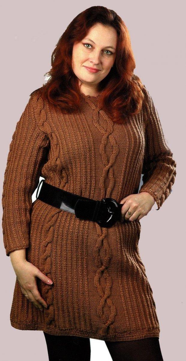 мода коричневый вязаный свитер для полных осень-зима 2019 2020
