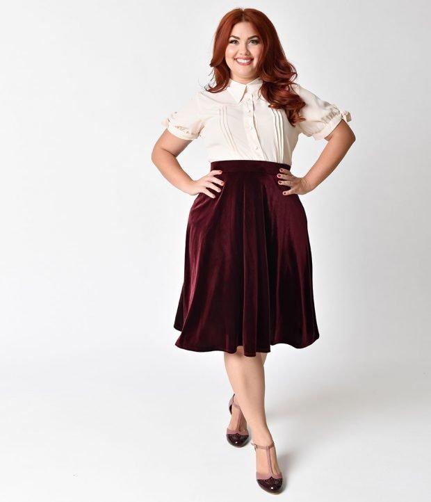 стильная бордовая велюровая юбка для полных осень-зима 2020