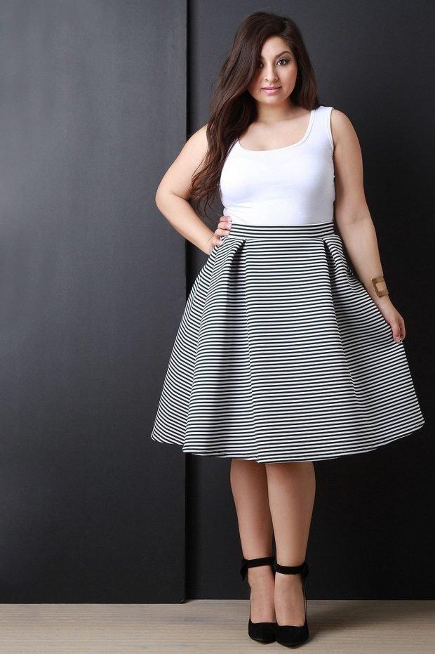 юбка в полоску мода для полных осень-зима 2020