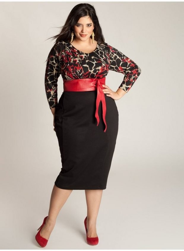 модная черная юбка с красным поясом для полных осень-зима 2020 2021