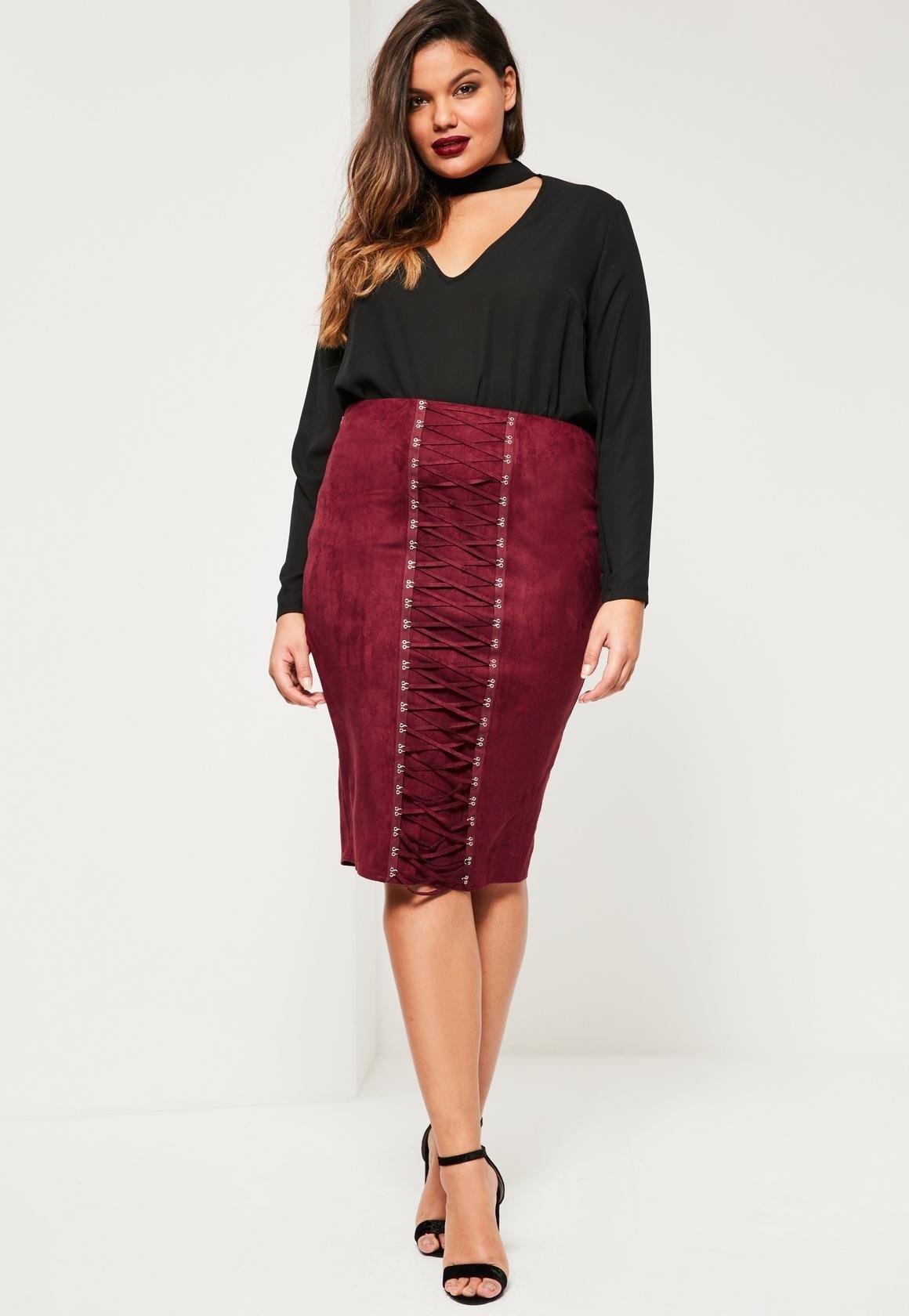 модное черное платье с бордовой юбкой для полных осень-зима 2018 2019
