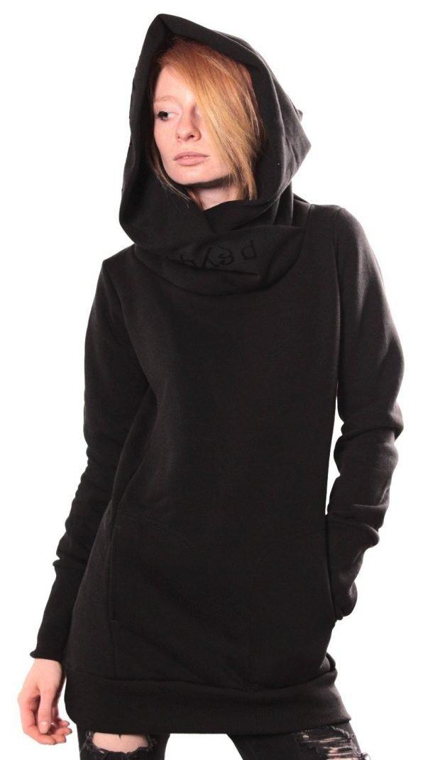 черная теплая туника с капюшоном