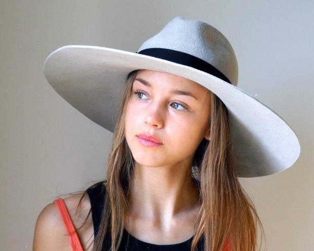 головные уборы весна-лето 2019: светлая широкополая шляпа